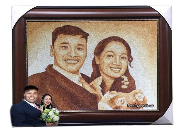Tranh gạo chân dung tặng đám cưới