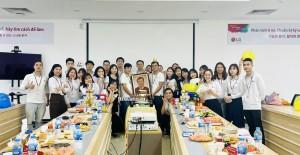 Tranh của LG Hải Phòng tặng sếp